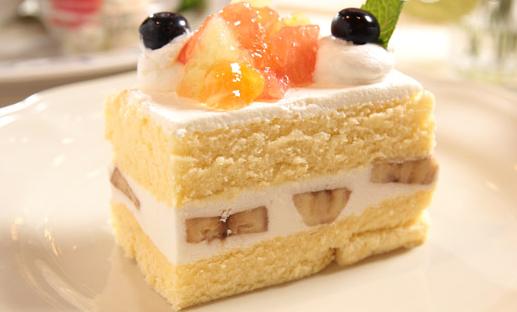 番红花裱花蛋糕